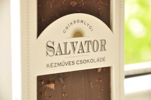 salvator csoki fehér