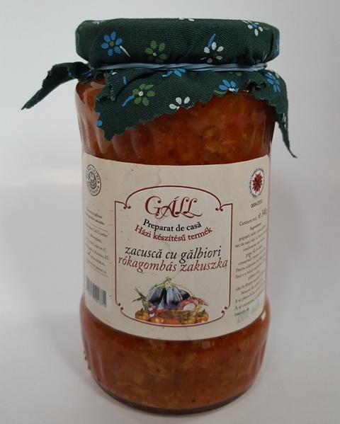 paprika,hagyma,paradicsom,olaj,fűszerek.nátrium-benzoát, rókagomba  Nettó tömeg 420 gr/üveg